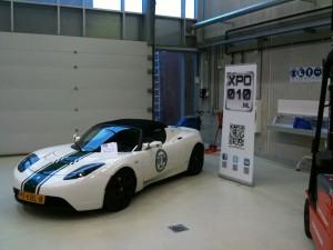 Tesla Roadster tijdens open dag Life College