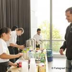 Uitgifte van koffie en frisdrank door leerlingen LIFE College